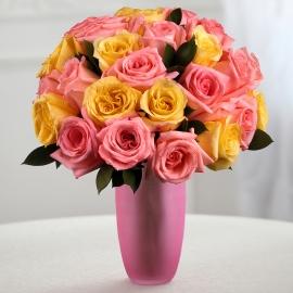 Букет из 25 розовых и жёлтых роз